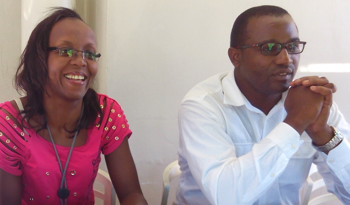 Dr Barbara Burmen, AuthorAID Mentor of the Year, seated next to Dr Denis Chopera, SANTHE Programme Executive Manager.